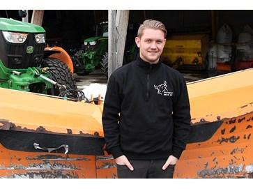ad4138f69 Ole-Jørgen leaser traktor og redskap