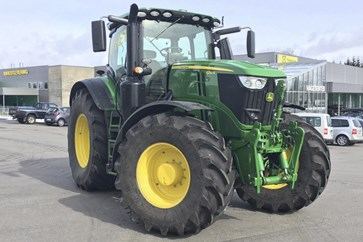 John Deere 6250R med CommandPro - se video