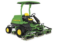 John Deere 7700A fairwayklipper
