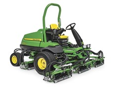 John Deere 8900A fairwayklipper