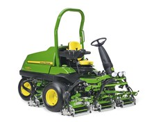 John Deere 6080A fairwayklipper